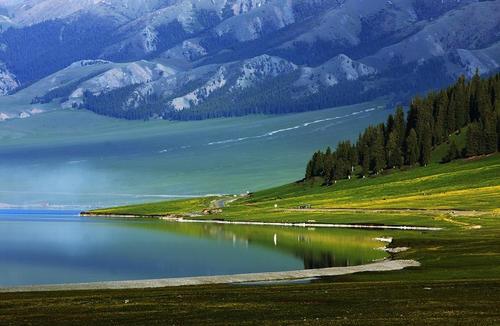 赛里木湖网